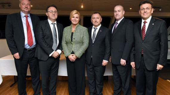 Predsjednik HGK u Australiji potpisao ugovore o suradnji