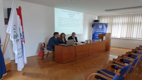 ŽK Varaždin organizirala seminar NATO i gospodarstvo - prilika za domaće gospodarstvo