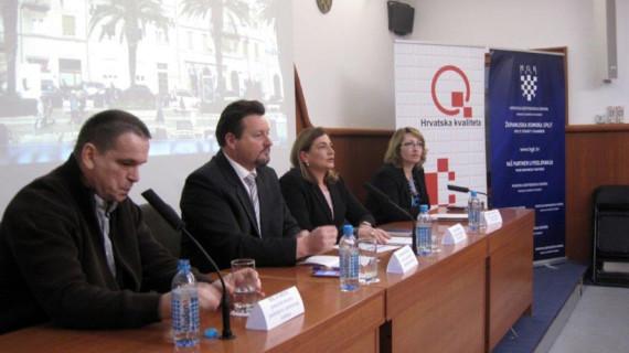 Ministar Kuščević u ŽK Split na predstavljanju prijedloga nacrta Zakona o izmjenama i dopunama Zakona o gradnji te Posebnih uzanci u građenju