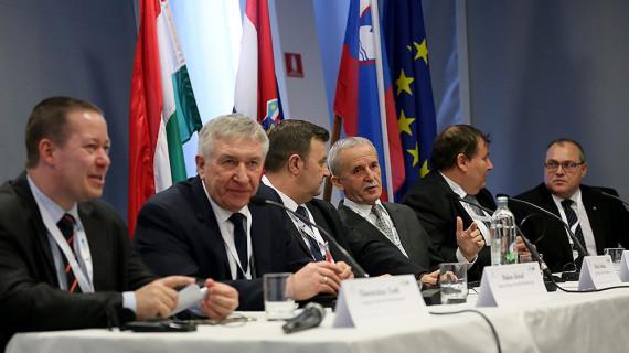 Na međunarodnoj konferenciji u Osijeku o brzoj cesti Gradec – Bjelovar – Virovitica – Barcs – Szigetvar – Szentlorinc – Pecs