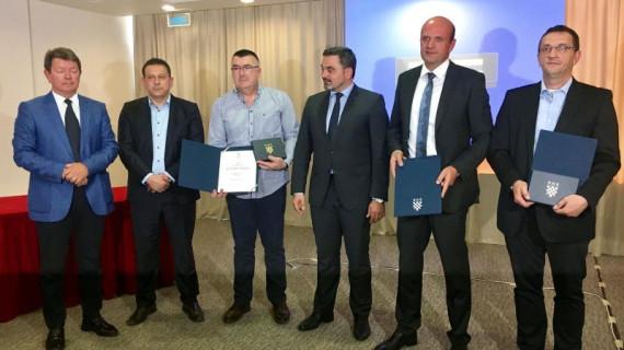Najuspješnijim tvrtkama Šibensko-kninske županije u 2017. dodijeljeno priznanje Zlatna plaketa