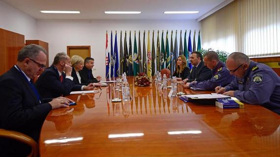 Predstavnici HGK s ministrom Orepićem razgovarali o sigurnosti cestovnog prometa i zapošljavanju stranih radnika